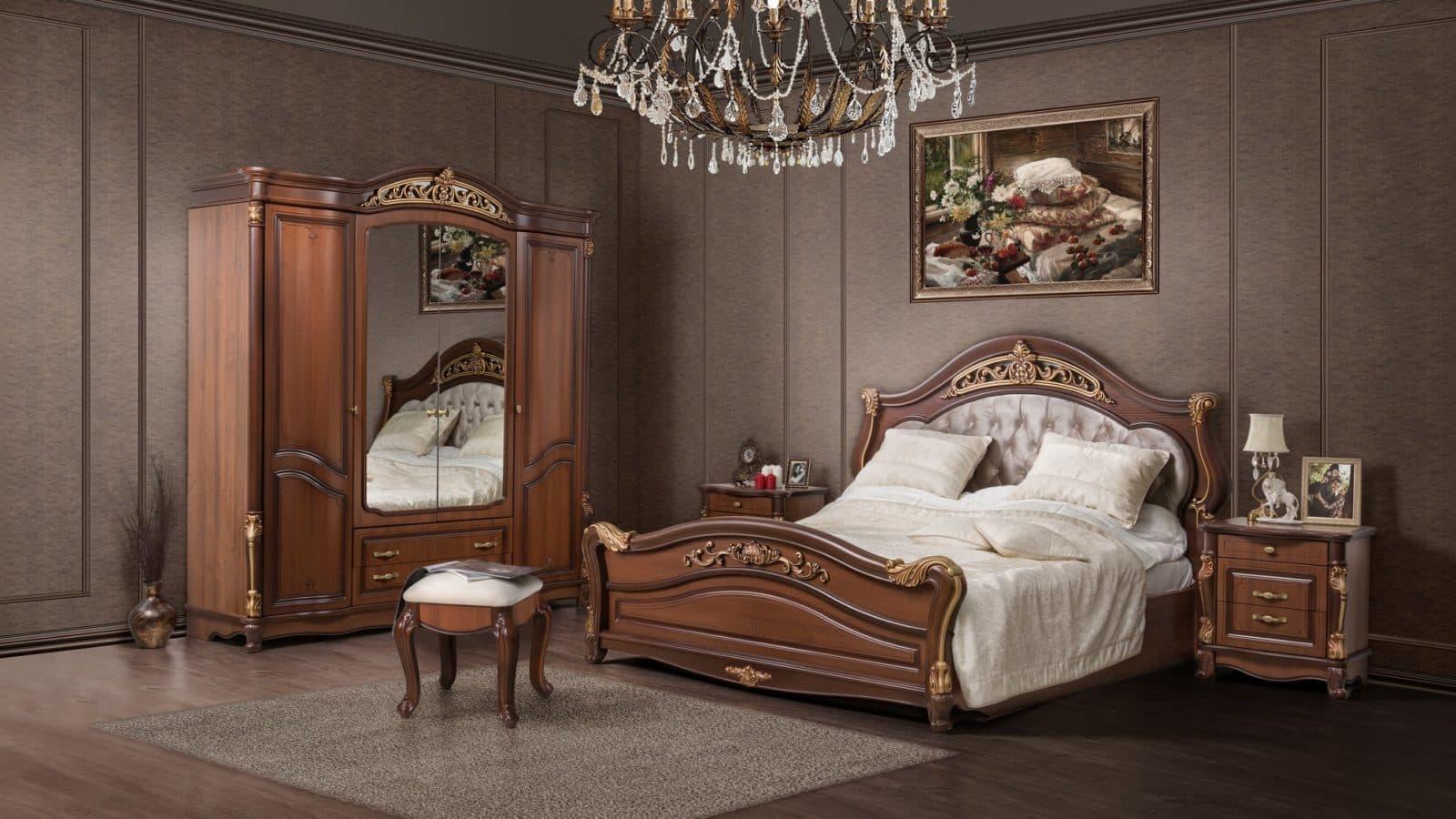 """Спальная мебель """"Касандра"""" от производителя СКФМ - плавные линии, темное дерево и позолоченные элементы декора"""